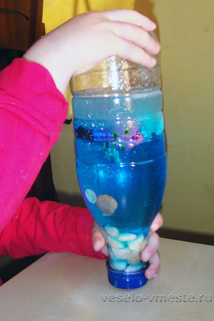 Эксперименты с бутылочкой-искалкой