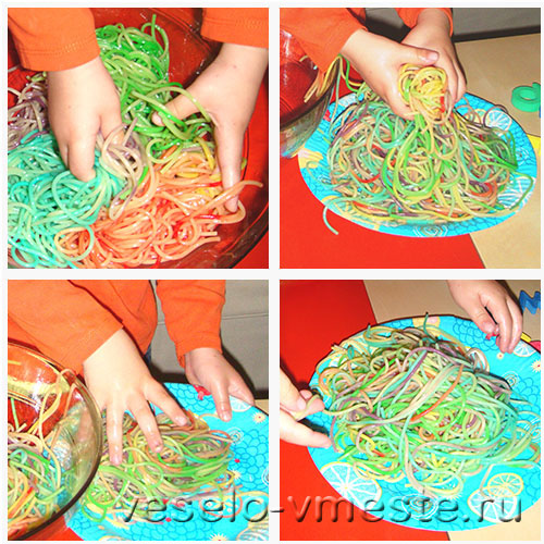 Развивающая игра с цветными спагетти