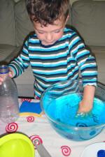 Игры с подкрашенной водой