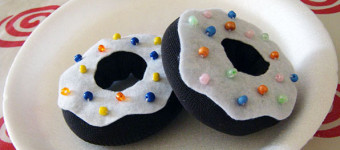 Игрушечные пончики